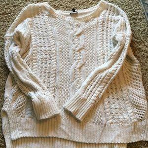 Cream/ white knit sweater